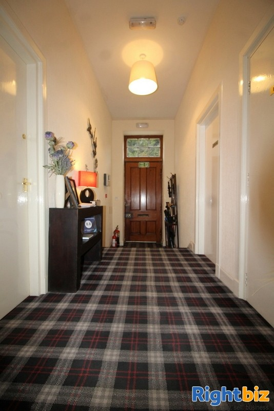 Outstanding 6-Bedroom Guest House near Pitlochry - Image 3
