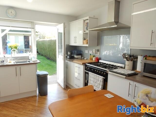 Modern Easily Managed Coastal Guest House - Lee-on-Solent - Image 3