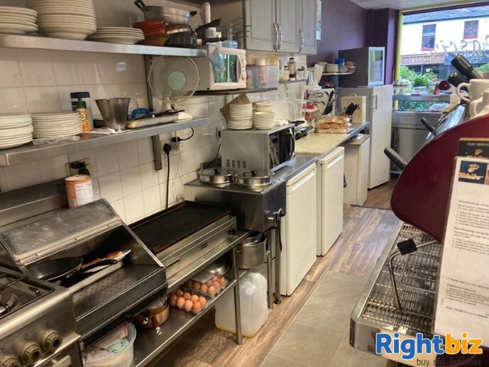 Class 3 Hot Food Cafe and Takeaway in Great Location Falkirk - Image 3