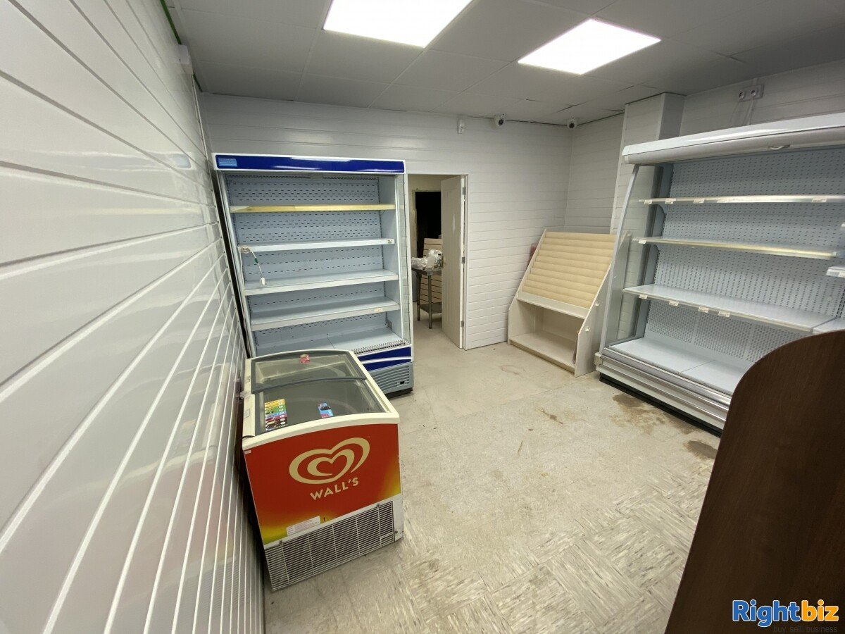Empty Unit in Sunderland City Centre Prime Location with F&F and A1 classification - Image 3