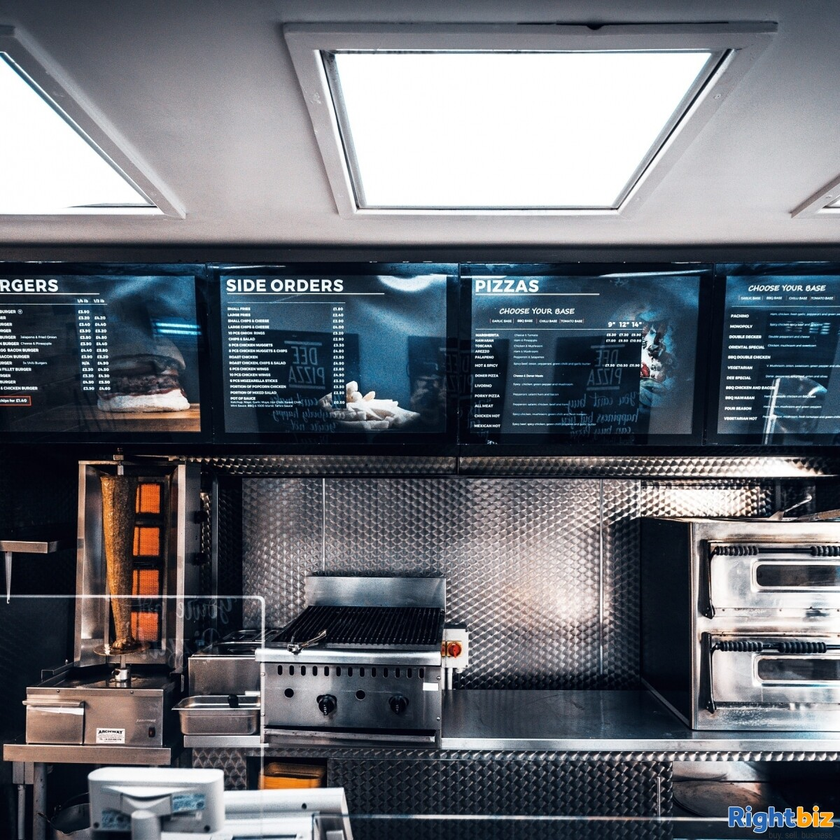 Fully Equipped Food Takeaway for Sale in LLangollen Town Centre, Refubrished and Decorated - Image 3