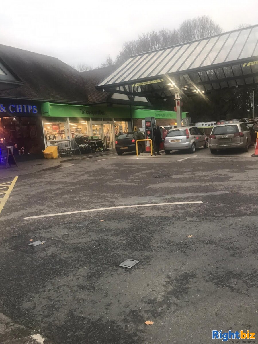 LH Rare Corner retail unit in busy petrol station on the edge of Chichester - Image 3