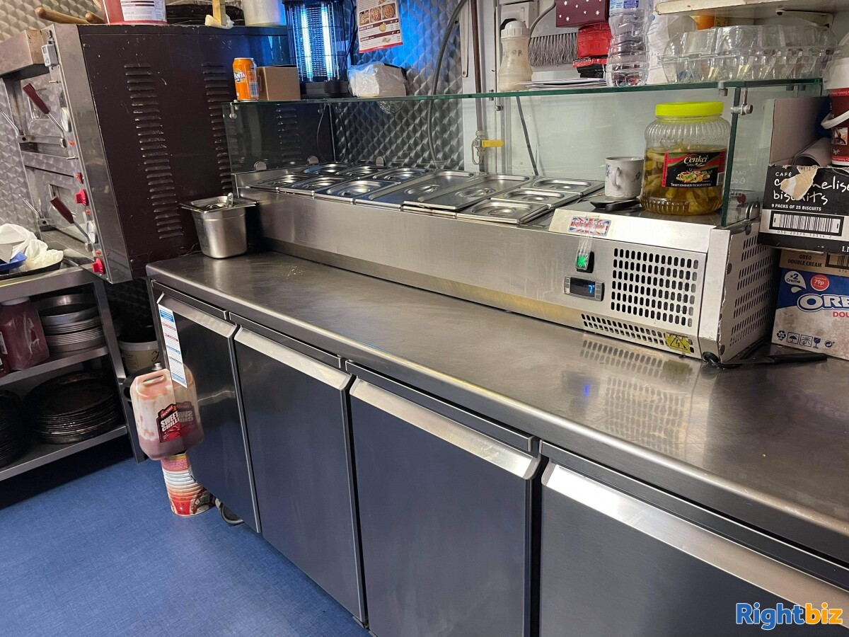 Takeaways Chicken pizza kebab shawarma business for sale - Image 3