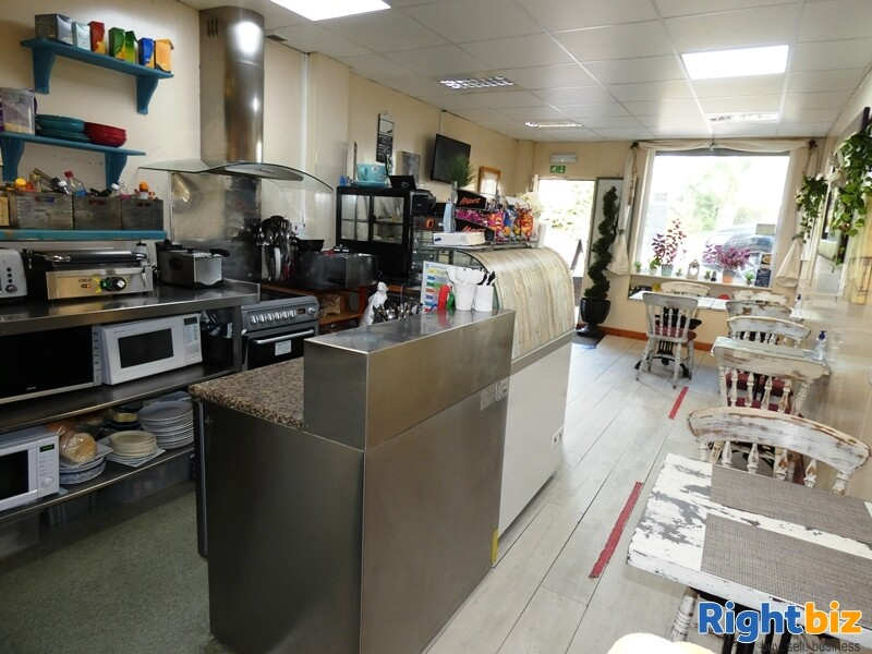 Take Away Tea & Coffee Shop Radcliffe - Image 3