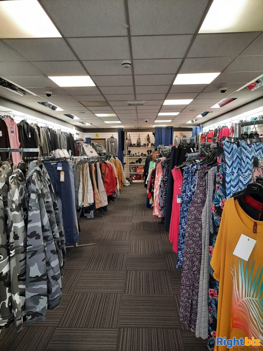 Leasehold clothes shop for sale Winsford Cheshire - Image 3