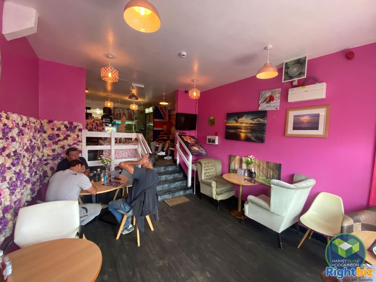 CAFE: SALE MOOR: - Image 3
