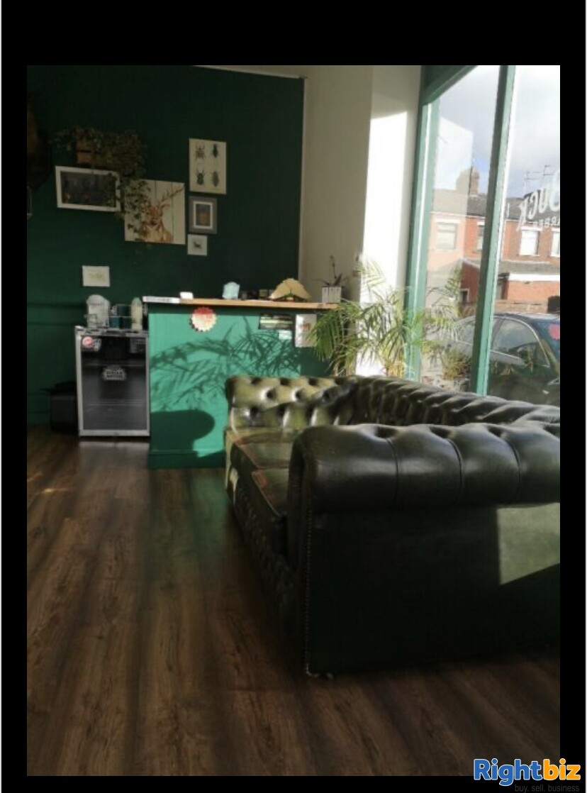 Excellent two-seat barbershop in Blackburn - Image 3