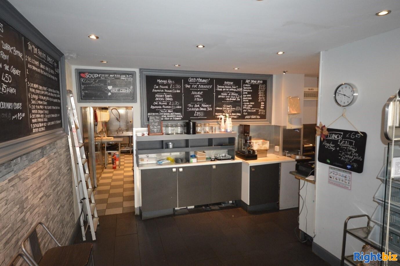Full Class 3 hot food takeaway in Edinburgh city centre (ref 1396) - Image 3