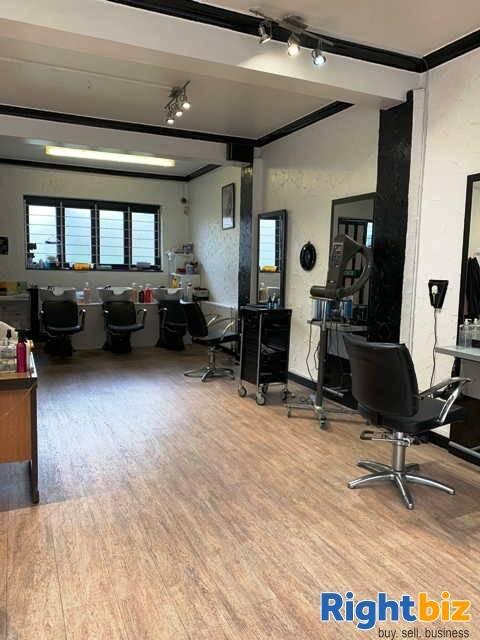 Unisex Hairdressing Salon for Sale - Image 3