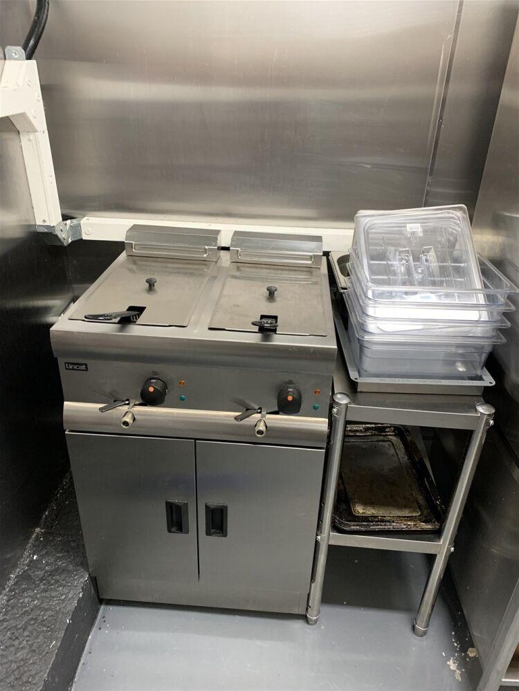 Industrial Dark Kitchen Supplying Halal American British Cuisine - Image 3