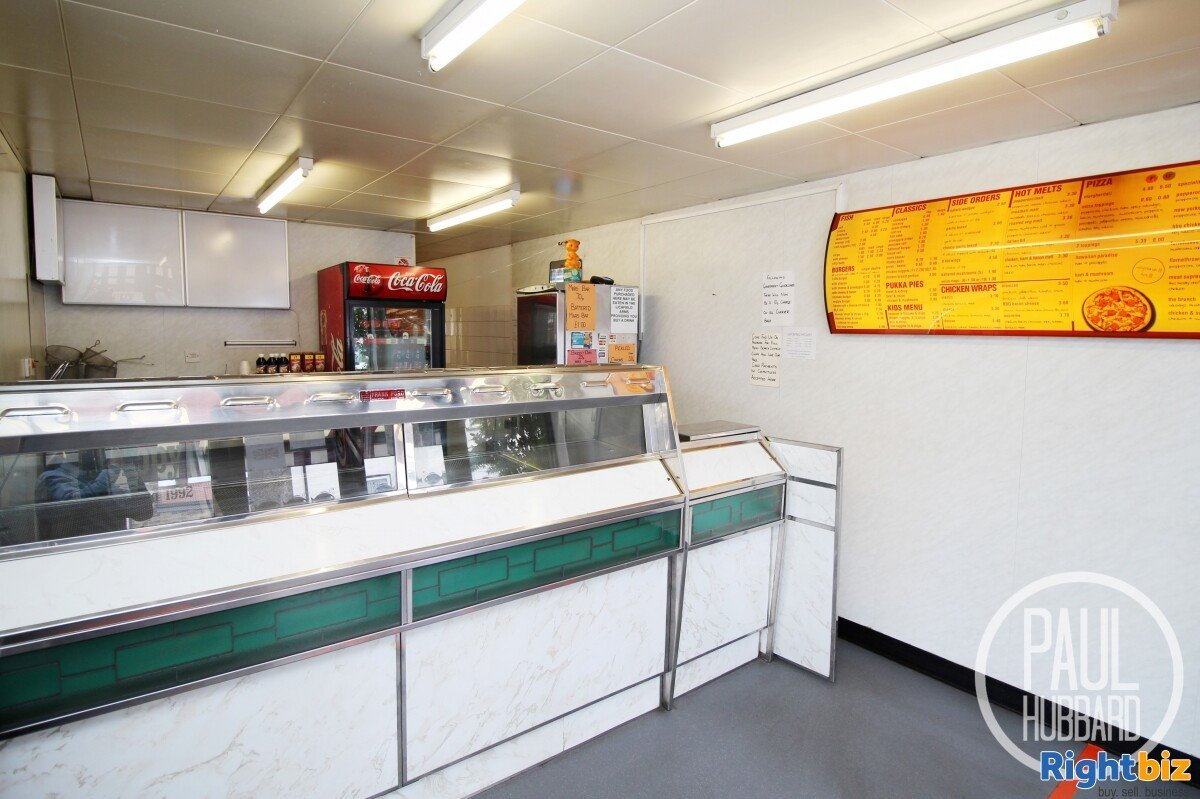 Freehold Fish & Chip Shop with 3 bedroom maisonette for sale in Great Yarmouth, Norfolk. - Image 3