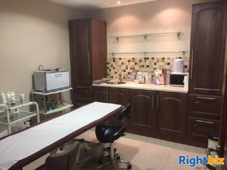 Well Established Barbers/grooming business (A1 consent) for sale - Image 3