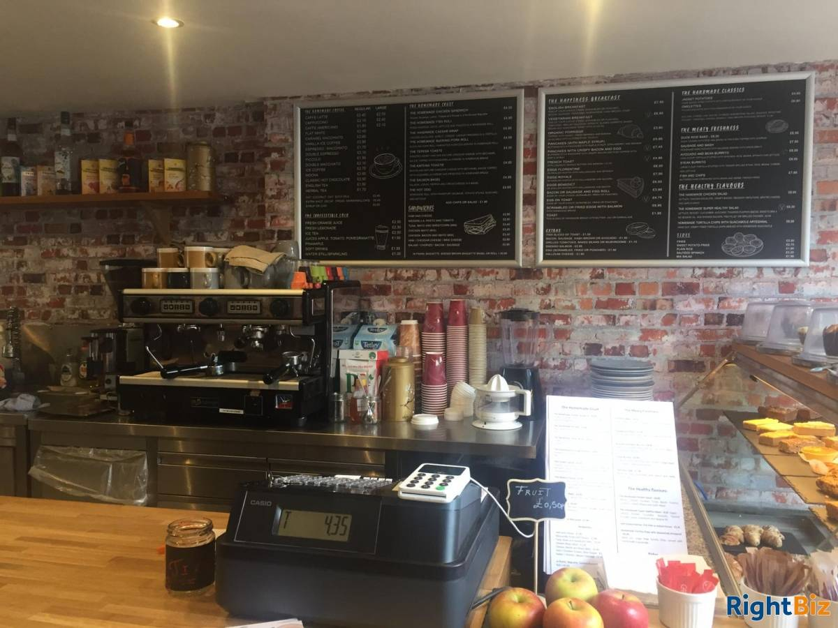 Beautiful Coffee Shop/Restaurant for Sale in South West London - Image 4
