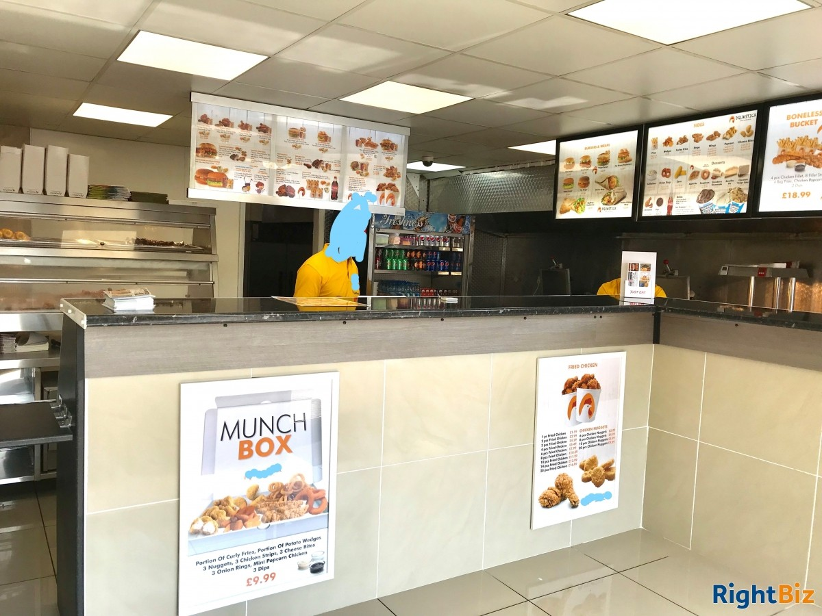 Chicken and Pizza Shop for sale, Highly Profitable with less cost - Image 4