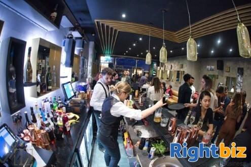 Popular Cocktail Bar and Club in Aldershot - Image 4