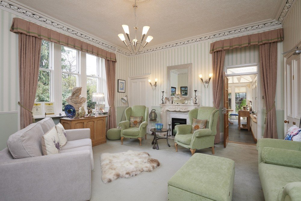 Stunning 5-Star Guest House with Separate Owner/Letting Accommodation in Inverness - Image 4