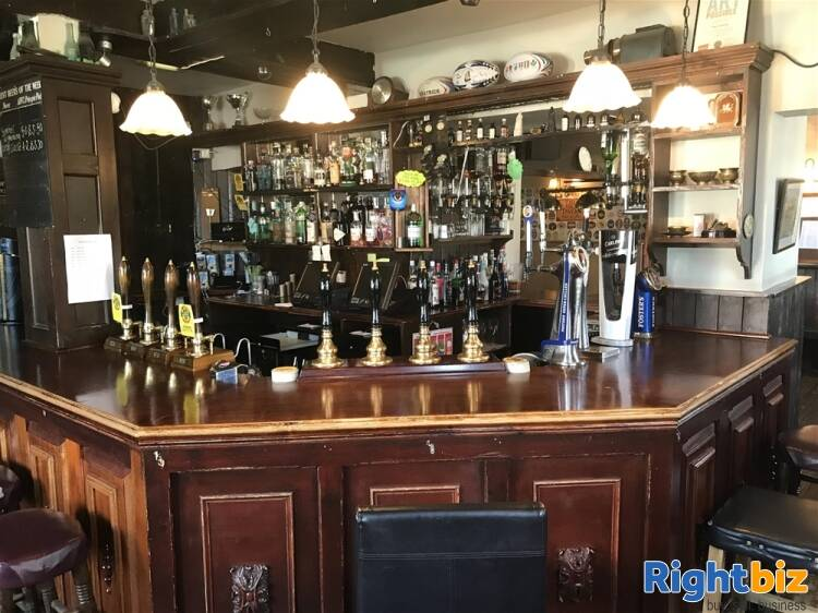 POPULAR PUBLIC HOUSE & FUNCTION VENUE WITH ROOMS IN HAMPSHIRE - Image 4
