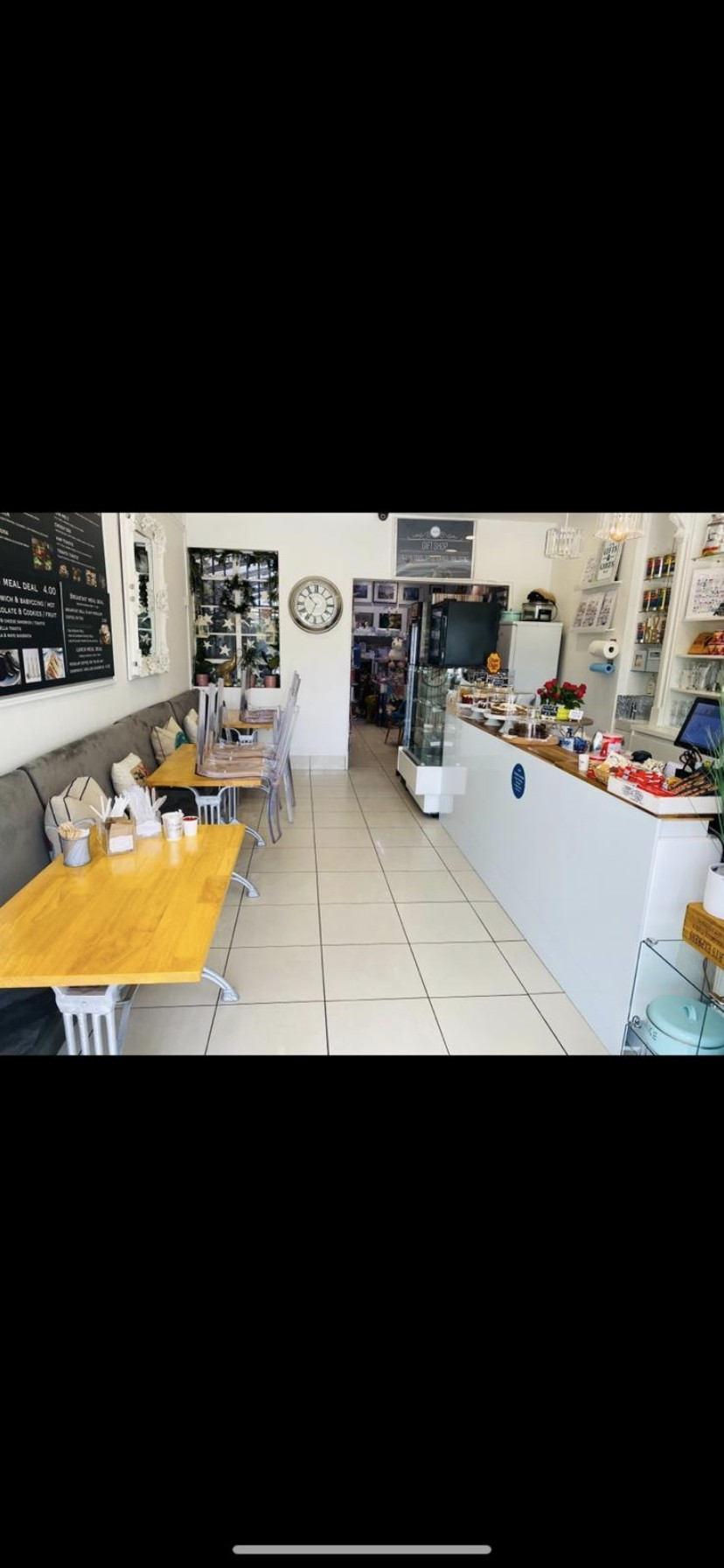 Cafe/Gifts shop in London - Image 4