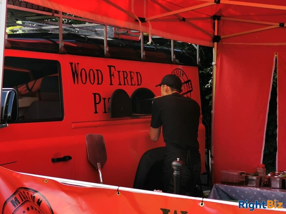 Land Rover Wood Fired Pizza Business, quirky and attractive with prospects - Image 4