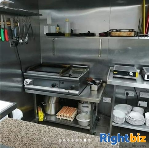 Here Is an Excellent Fully Operational Café/ Restaurant For Sale In Dunfermline, Fife - Image 4