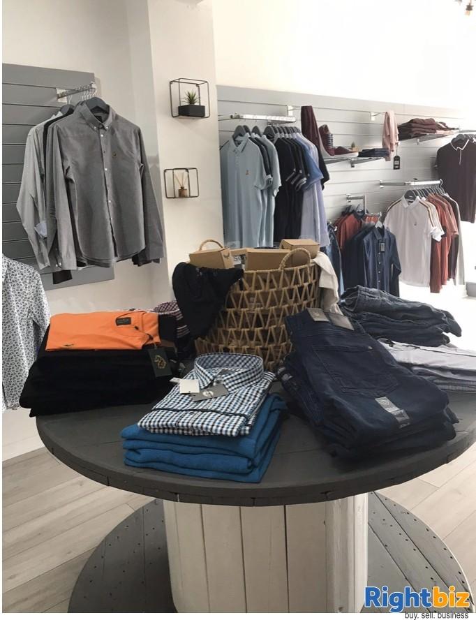 Popular Men's clothing shop - Image 4