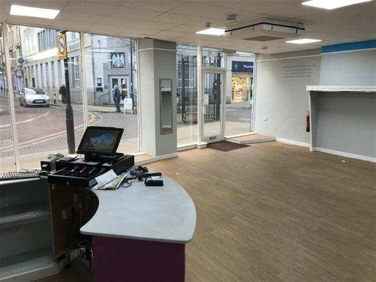 Highly Visible Retail Trading Premises To Let For Sale in Newton Abbot - Image 4