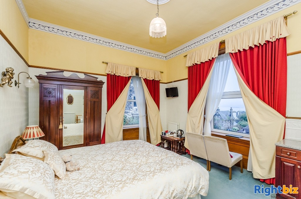 Charming Victorian Guest House for Sale in the Heart of the thriving tourist town of Oban - Image 4