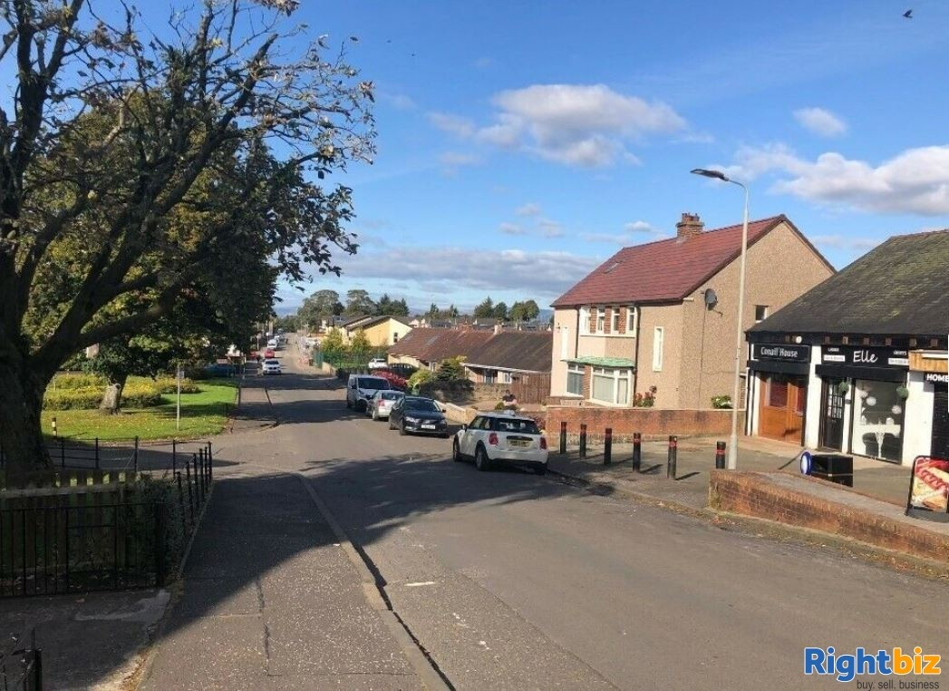 Potential Barbers / Cafe / Retail Use: Next to a high school & primary school - Image 4