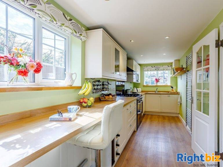 Beautiful Holiday Let Property in Wiltshire - Image 4