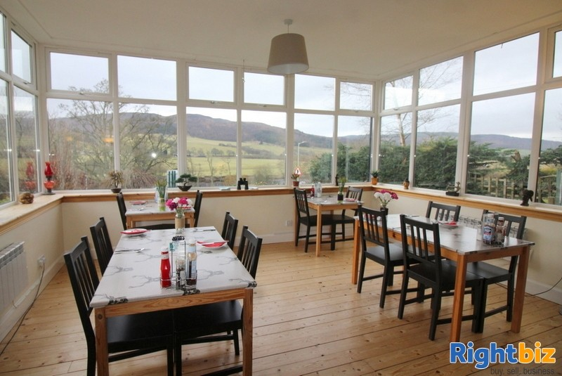 Outstanding 6-Bedroom Guest House near Pitlochry - Image 4