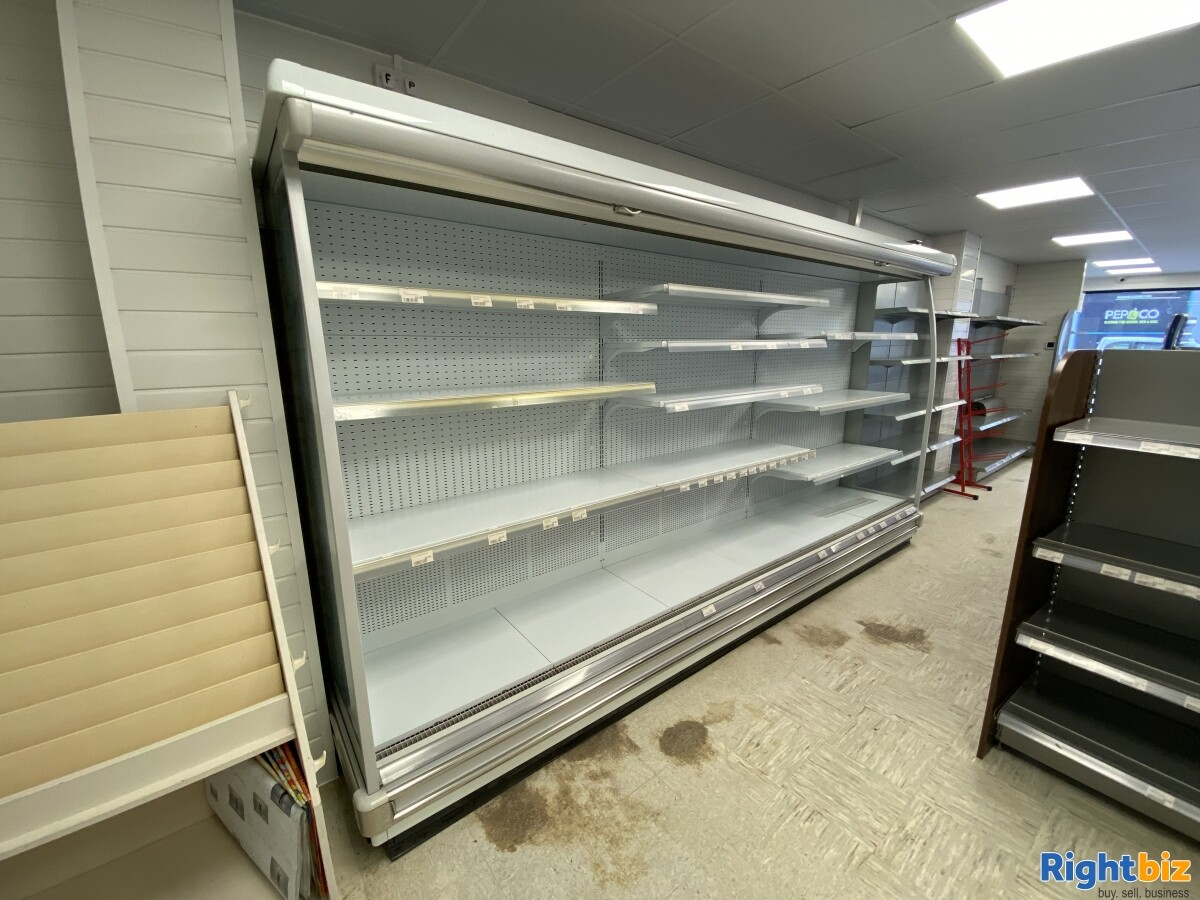 Empty Unit in Sunderland City Centre Prime Location with F&F and A1 classification - Image 4