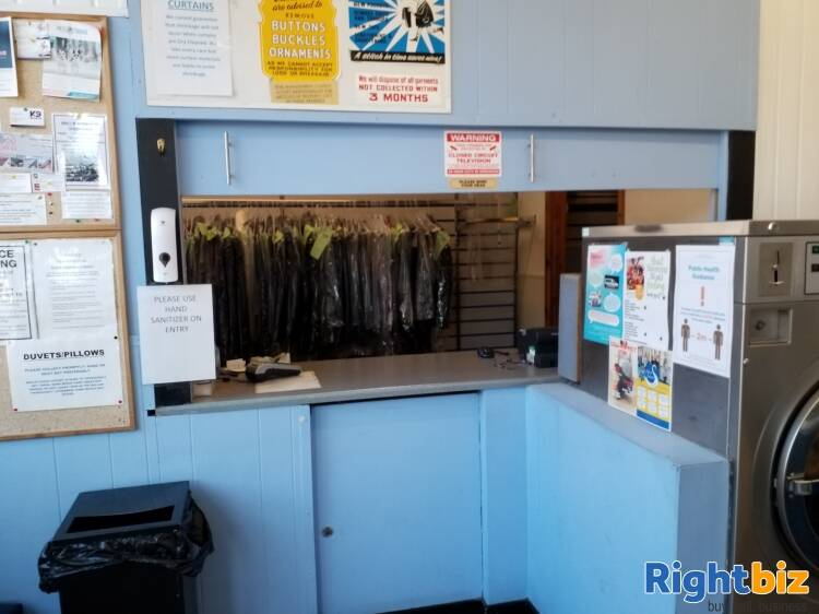 Successful & Long-Standing Launderette Based in Reading - Image 4