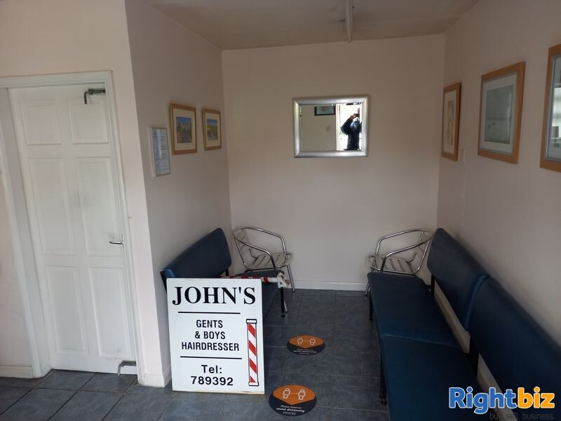 Only £49,950 for a freehold retail unit or salon for sale in Green Lane,  Acomb, York YO23 3DB - Image 4