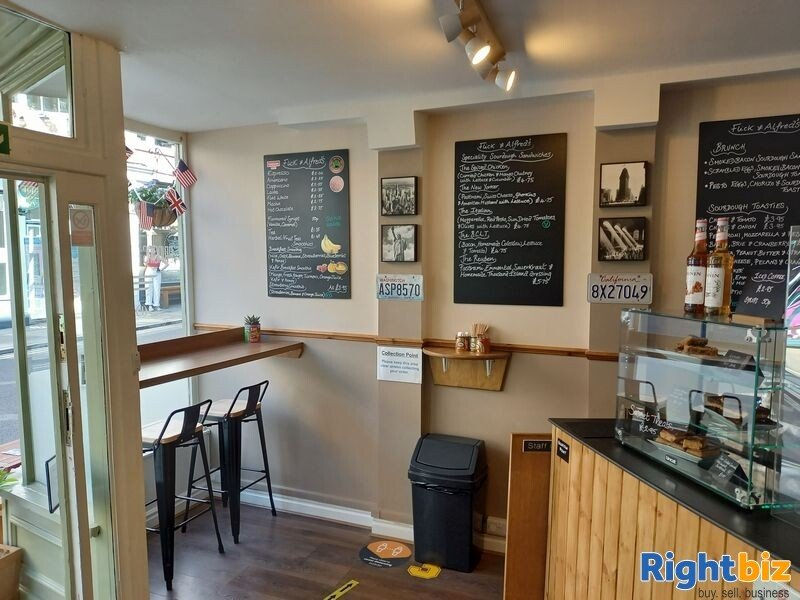 Immaculately presented Sandwich bar / cafe T/a Flick and Alfreds, 24 Fossgate, York, YO1 9TA - Image 4
