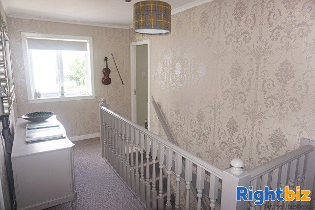 Excellent 6-Bedroom Bed & Breakfast plus Self-Catering Accommodation in Stornoway - Image 4