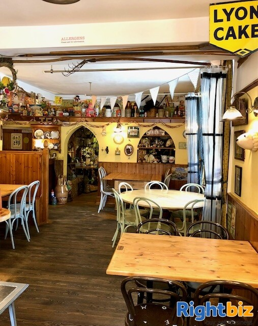 Café Tearooms & Sweet Shop with Extensive Owners Accommodation Gargrave Skipton North Yorkshire - Image 4