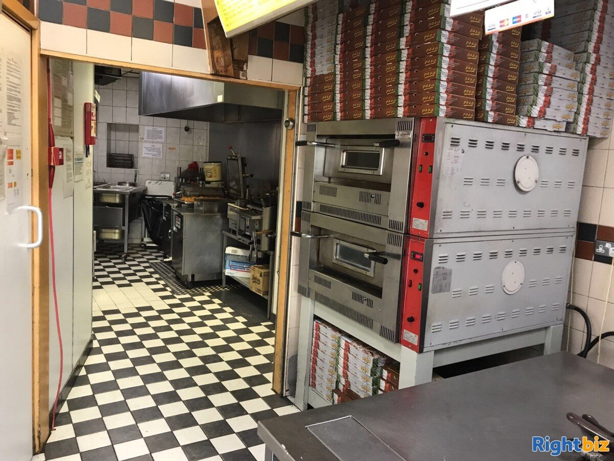 Leasehold Fast Food Restaurant for Sale in Liverpool - Image 4