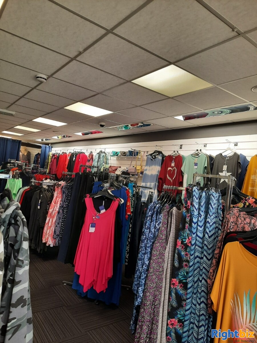 Leasehold clothes shop for sale Winsford Cheshire - Image 4