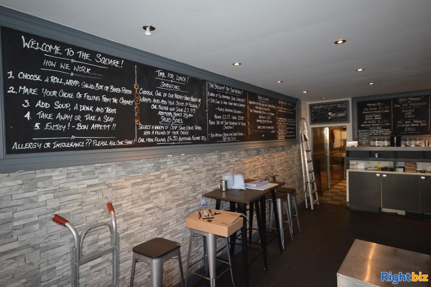 Full Class 3 hot food takeaway in Edinburgh city centre (ref 1396) - Image 4