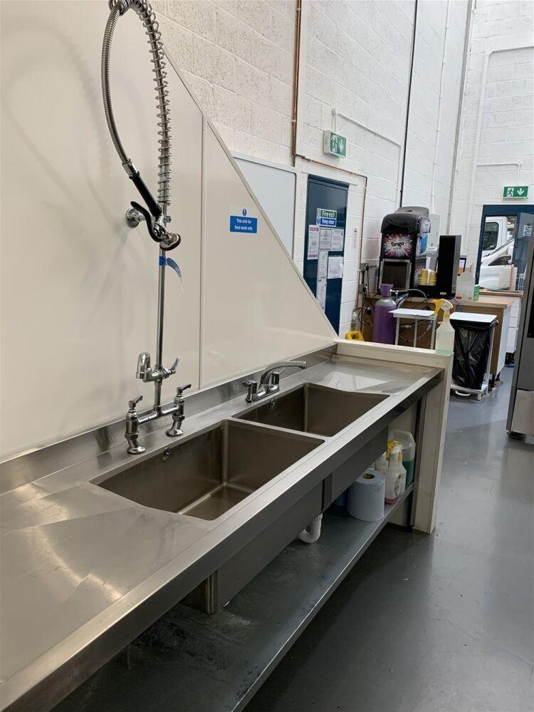 Industrial Dark Kitchen Supplying Halal American British Cuisine - Image 4