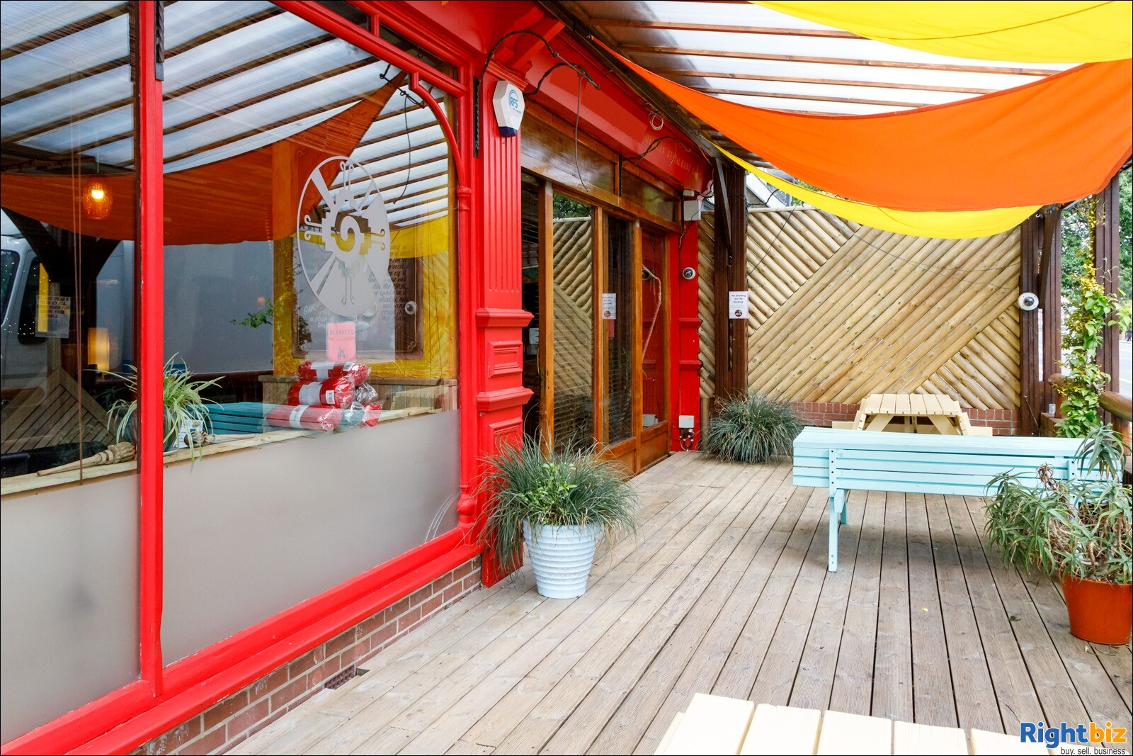 Mexican Restaurant and Bar, prominent corner site, amidst a student area, in Southampton, Hampshire. - Image 4