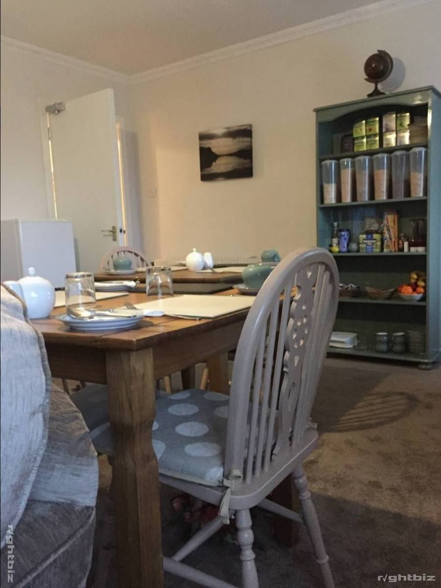 Prime location Bed and Breakfast in the Western Isles situated on the sea front. - Image 5