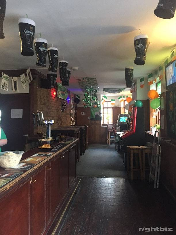 FREEHOLD BAR WITH ACCOMMODATION - RAMSGATE, KENT - Image 5