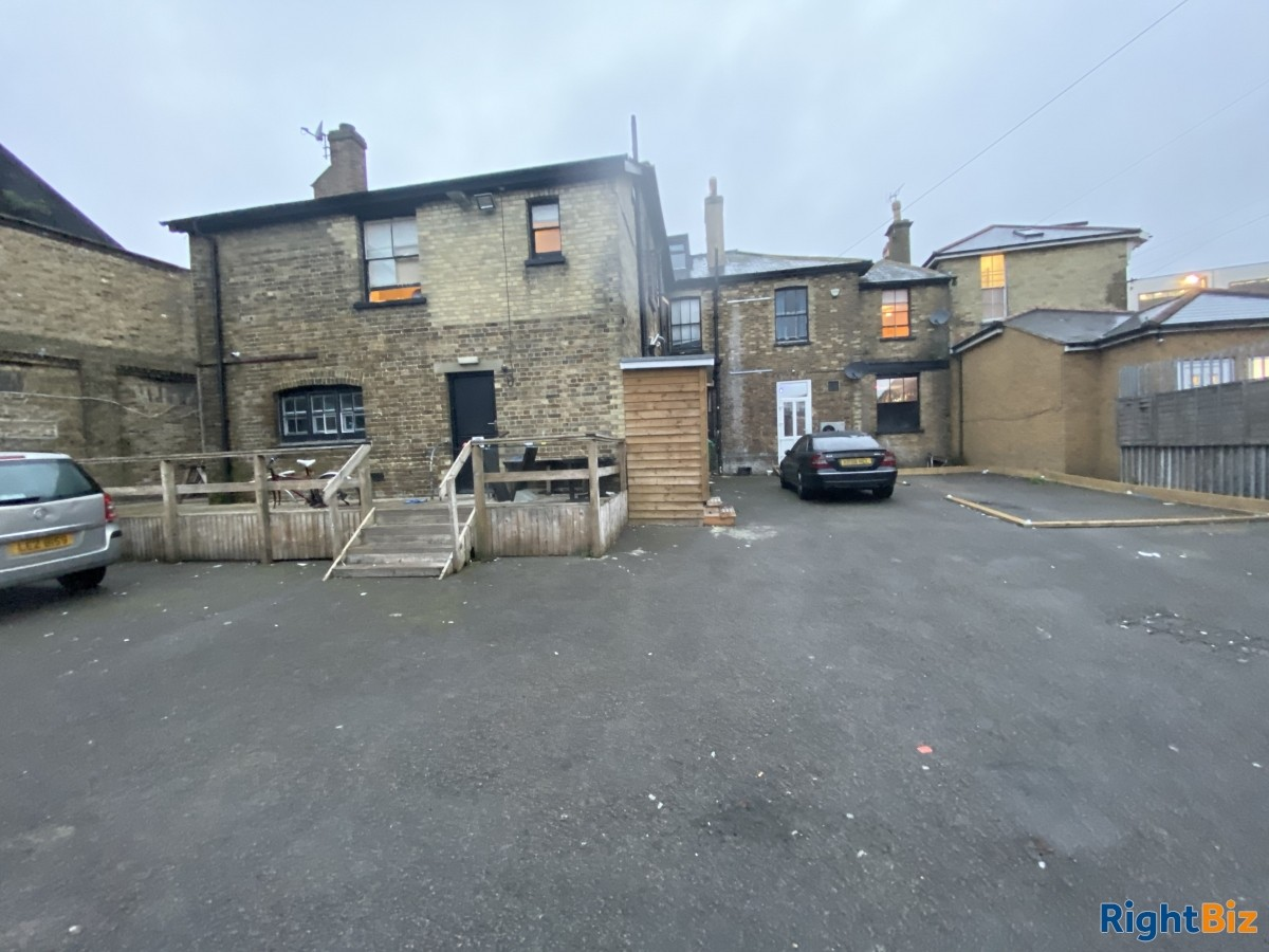 Big Opportunity in the Middle Of Ashford, Kent - Image 5