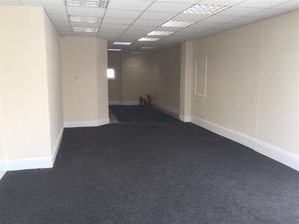 Town Centre Retail Premises For Sale in Newton Abbot - Image 5