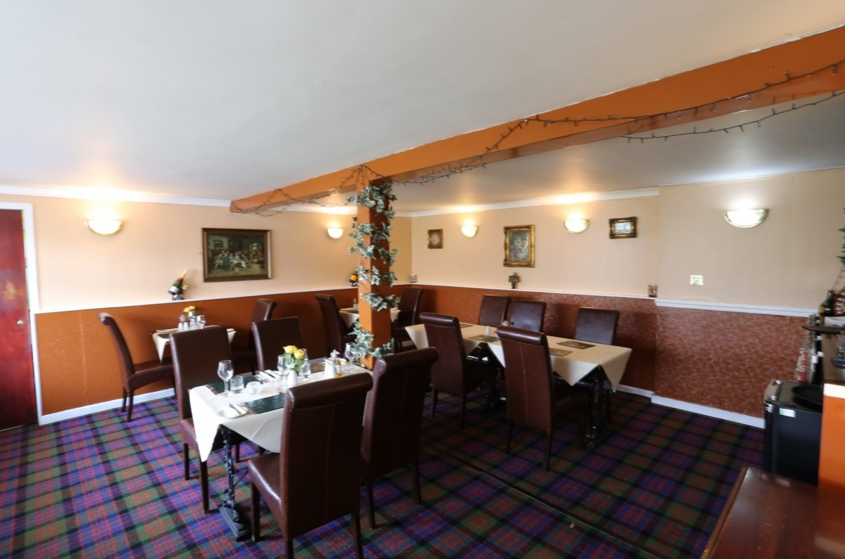 For Sale - Well Presented Small Town Hotel With Restaurant and Function Suite - Image 5