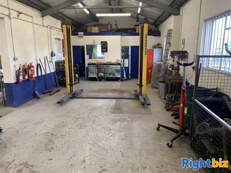 FREEHOLD MOT TESTING & REPAIRS CENTRE IN WILTSHIRE - Image 5
