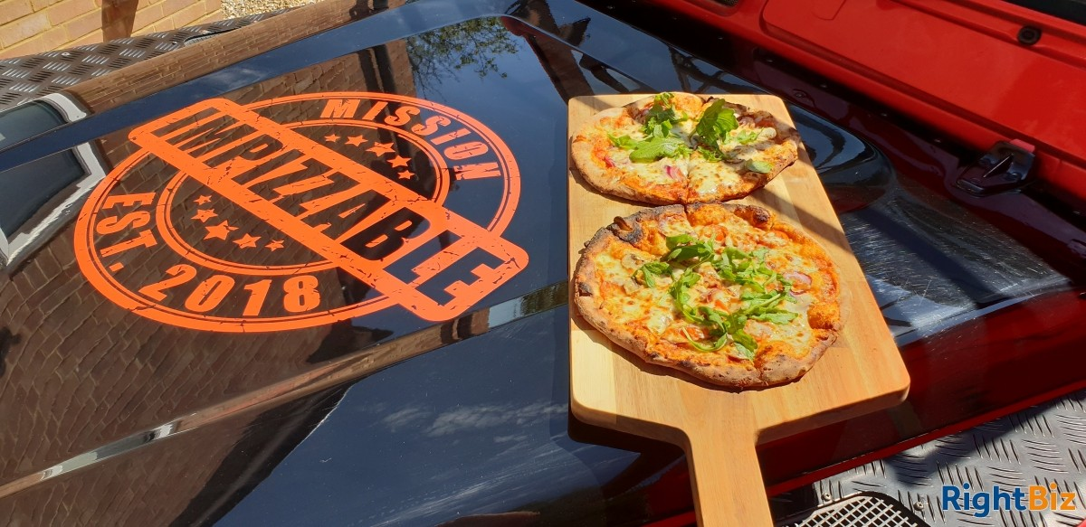Land Rover Wood Fired Pizza Business, quirky and attractive with prospects - Image 5