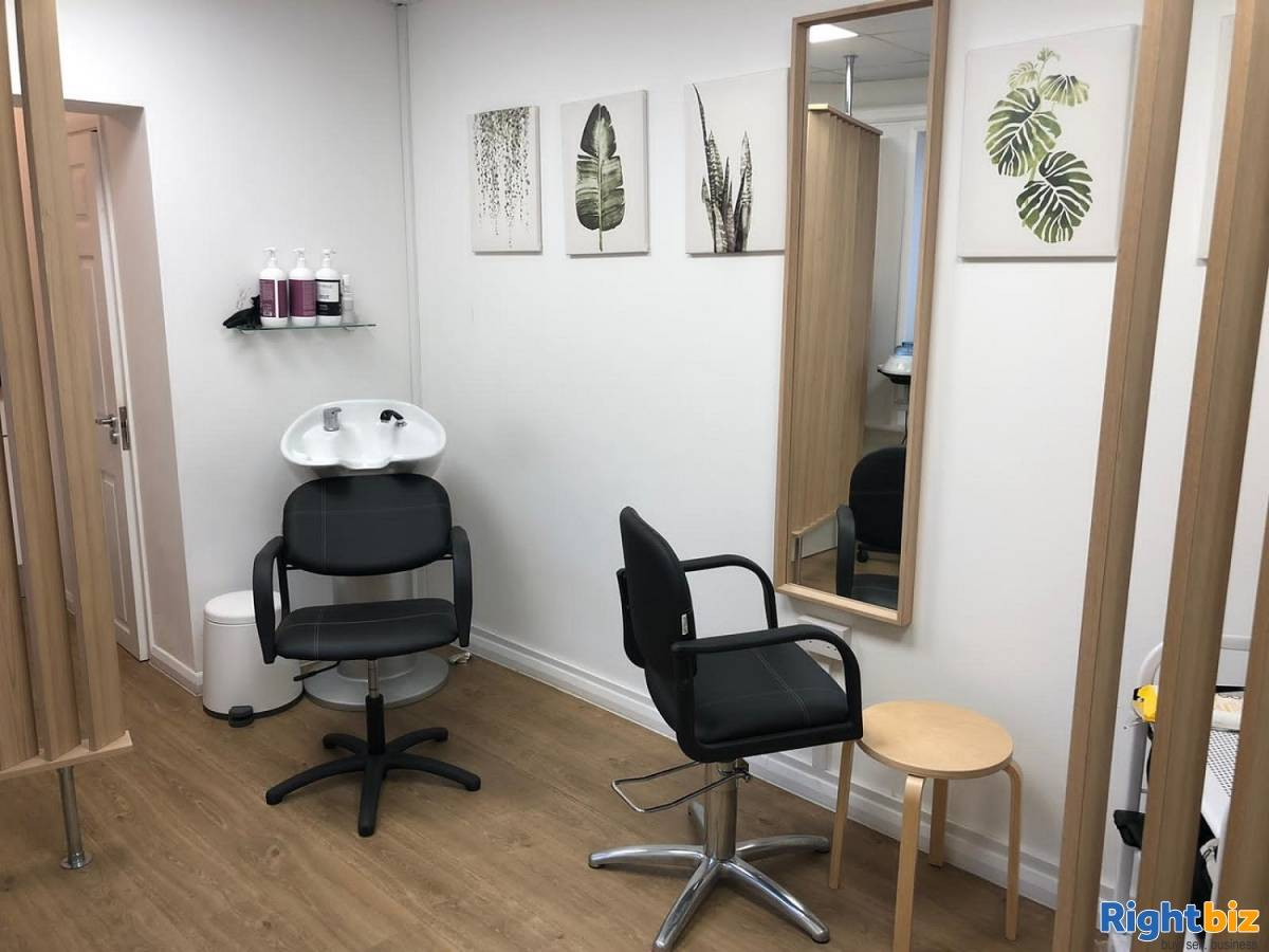 Renowned Hair Rejuvenation Company in London - Image 5