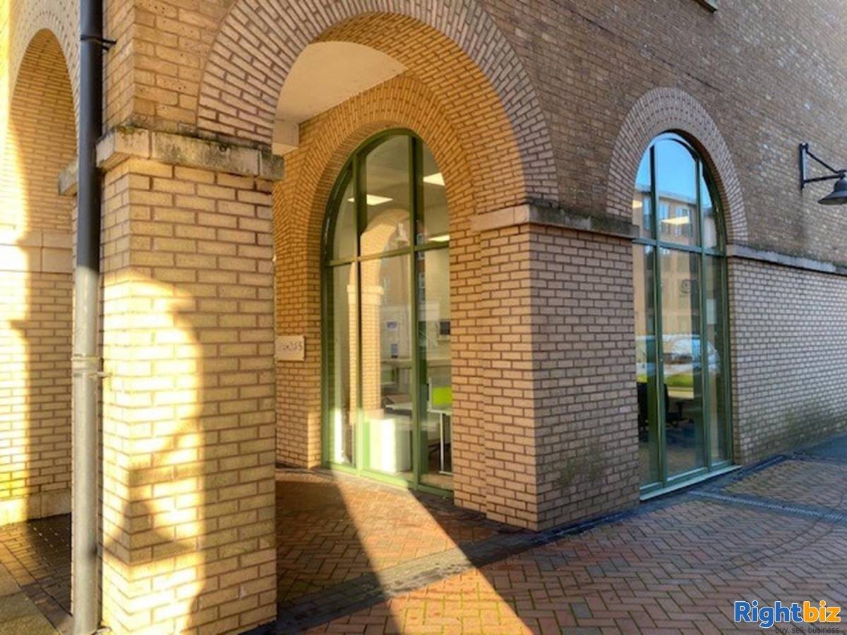 Office For Rent Located In Dickens Heath - Image 5